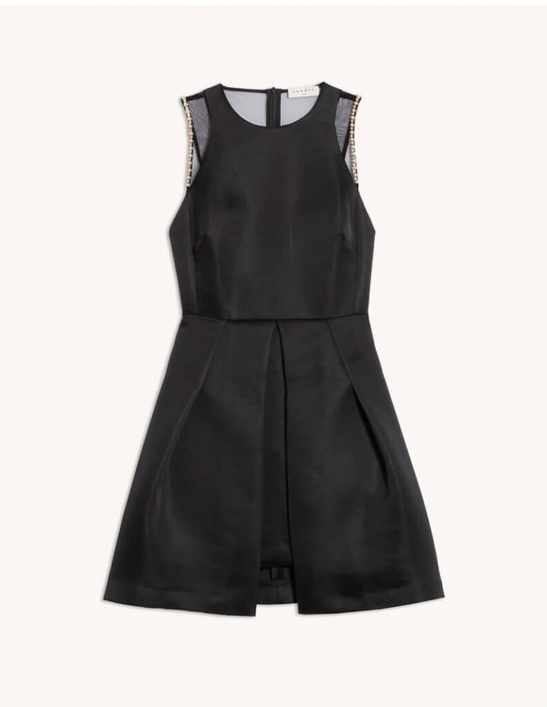 Short dress with beaded details (137,50€ au lieu de 275€)